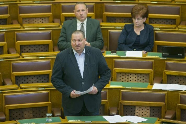 Óriási a nyomás Magyarországon, Soros György Brüsszelben lobbizik
