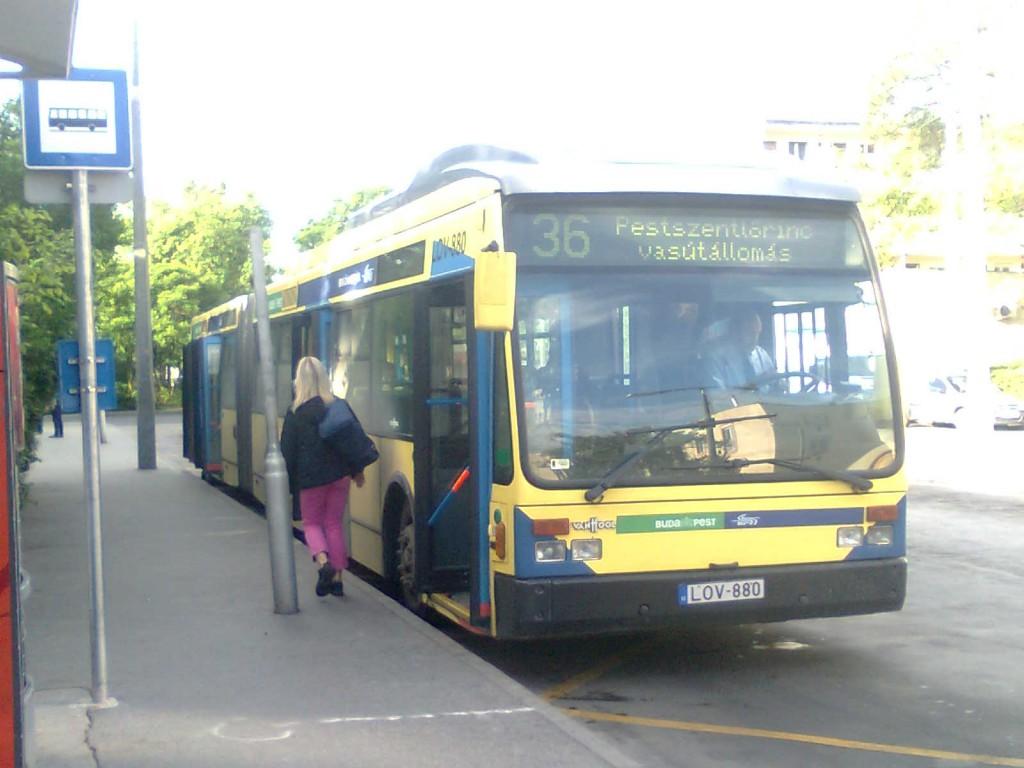 36-os_busz_(LOV-880)