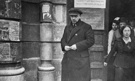 A szifiliszes Lenin így késte le a saját forradalmát