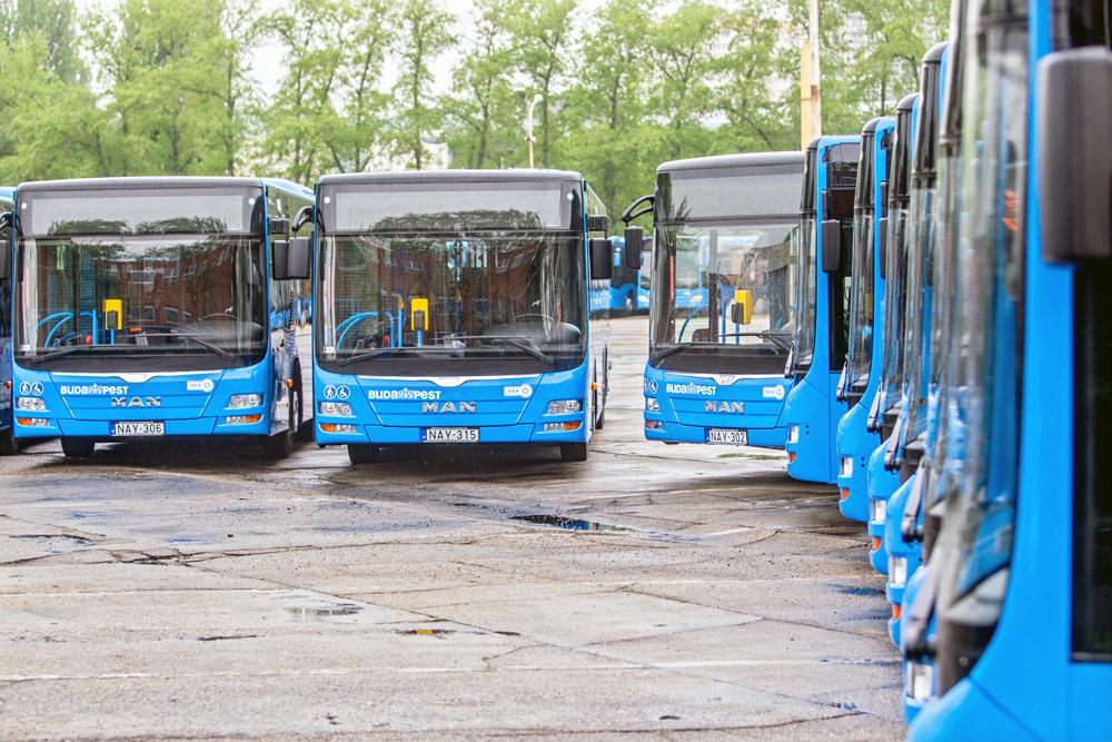 A21_autobuszok_atadasa_CSS32