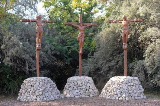 Tamariska-domb keresztútjának megáldása, szentmise
