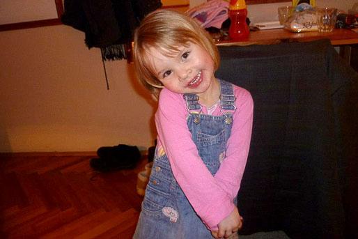 Németh Szilárd a szívbeteg csepeli kislánynak, Lucának adományozza polgármesteri illetményét