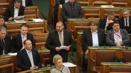 Politikai nyomásgyakorlási kísérlet a kitiltási-ügy - Németh Szilárd napirend előtti felszólalása