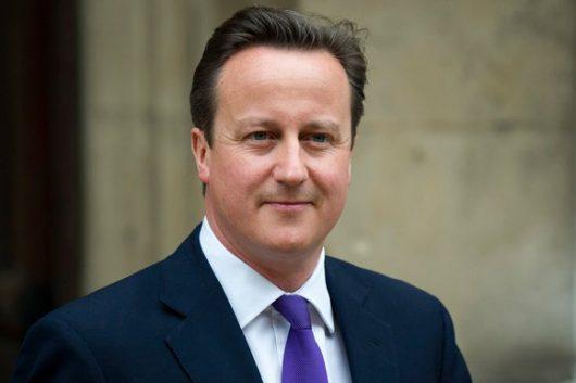 David Cameron leköszönt
