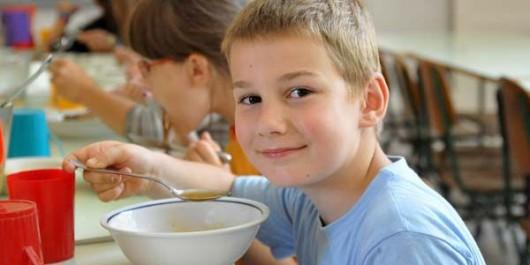 Kinek jár az ingyenes étkezés óvodai étkezés?