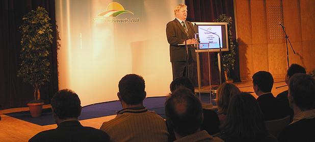 Tarlós István Csepelen