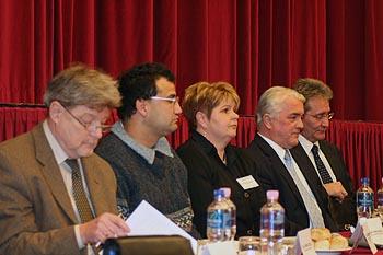 Újpesten a kormánypártiak is vállalták a vitát